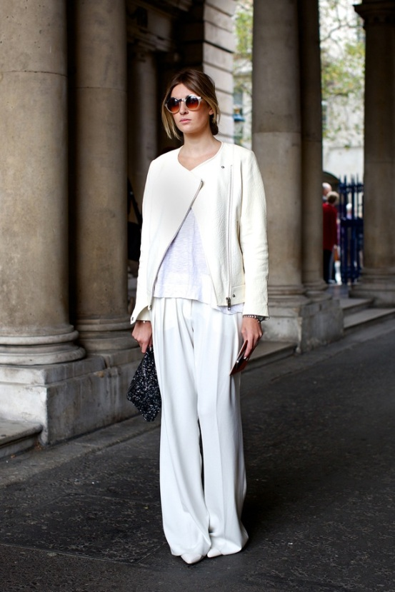 http://stylesnooperdan.files.wordpress.com/2012/10/lfw-london-fashion-week-streetstyle-ss-spring-summer-2013-fall-whites-all-white-look-moto-jacket-white-tee-tshirt-wide-leg-pants-clutch-round-sunglasses-minimal-chic-simple-watch-via-vog.jpg?w=553