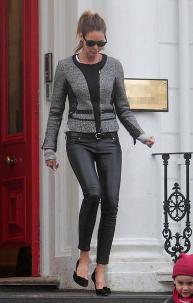 Elle-MacPherson-street-style-fashion-leather-pants-heels