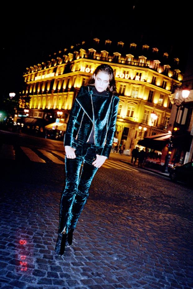 la-modella-mafia-Marina-Pérez-rocking-Balmain-in-Paris-x-S-Moda-photographed-by-Quentin-de-Briey-styled-by-Barbara-Martelo-11