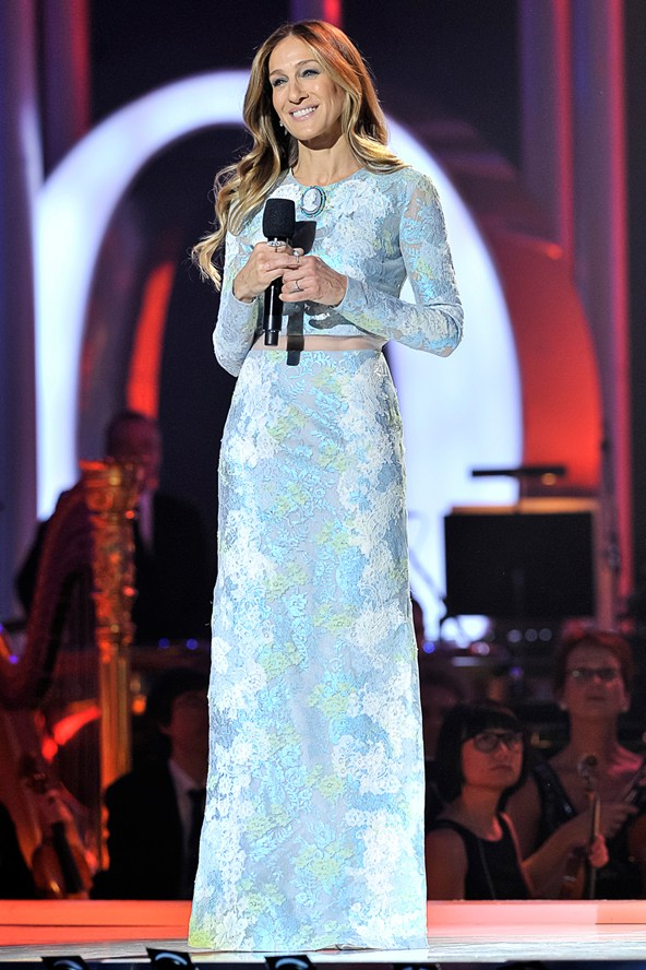 sjp_v_13dec12_getty_b_592x888