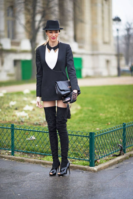 elle-011-fashion-week-paris-day-one-xln-lgn