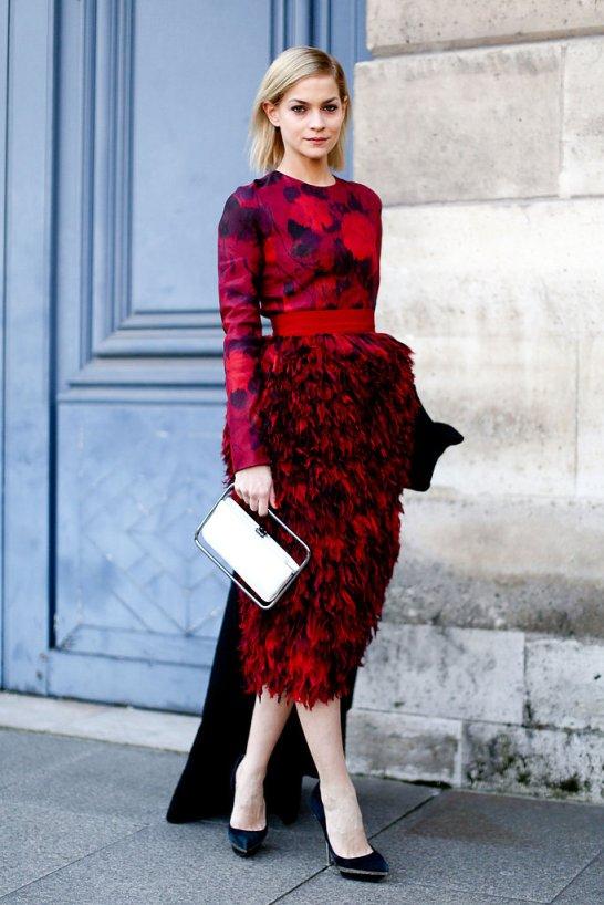 leigh-lezark-paris-fashion-week-streetstyle-red-black-floral