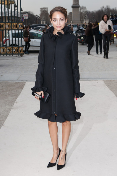 Nicole+Richie+Celebs+Attend+Valentino+Fashion+0Ua8mDU87tll