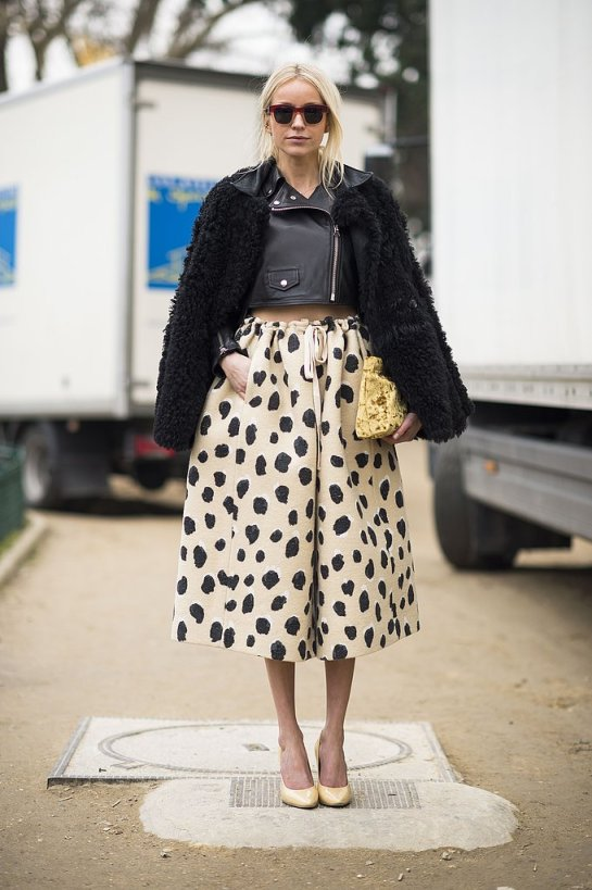 pfw-streetstyle-fall-2013black-white-polka-dot-skirt-leather-jacket