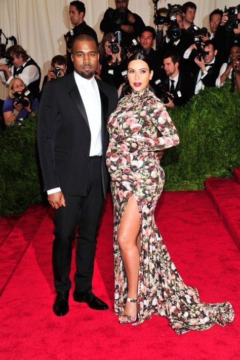 kanye-west-kim-kardashian-vogue-7may13-pa_b_592x888