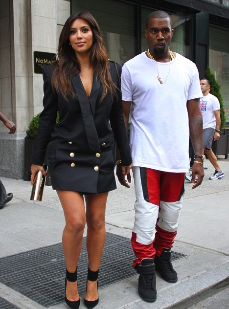 kim-kardashian-black-balmain-double-breasted-jacket-dress-kanye-west