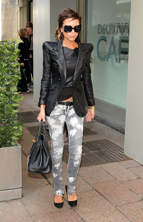 Victoria Beckham Shopping In Milan