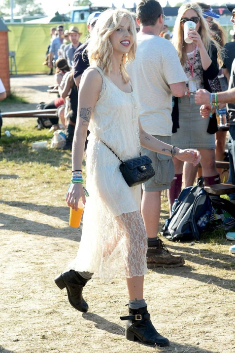 celebrities_en_el_festival_de_glastonbury_2013_545057036_800x