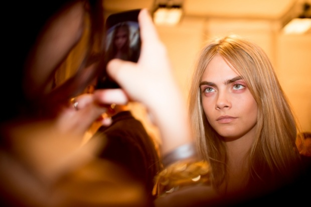 burberry-rtw-ss2014-backstage-04_162833241279.jpg_carousel_parties