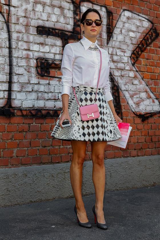 http://stylesnooperdan.files.wordpress.com/2013/09/street_style_semana_de_moda_en_milan_primavera_verano_2014_moda_en_la_calle_722726796_800x1200.jpg?w=560&h=840