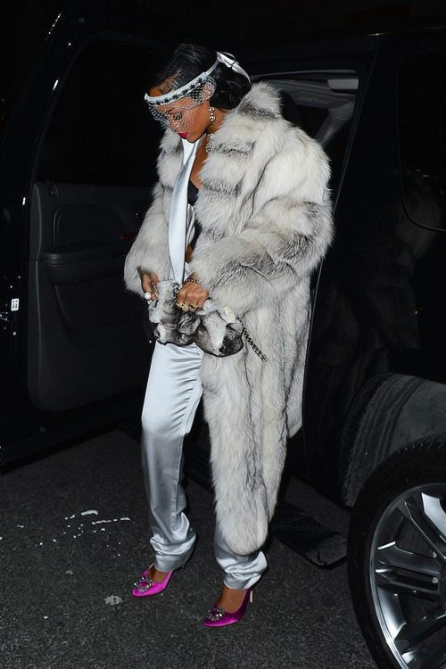 la-modella-mafia-2014-New-Years-chic-Rihannan-Alexander-Wang-white-suit-vintage-fur-Manolo-Blahnik-heels-and-diamonds-2