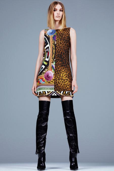 Versace_009_1366.450x675