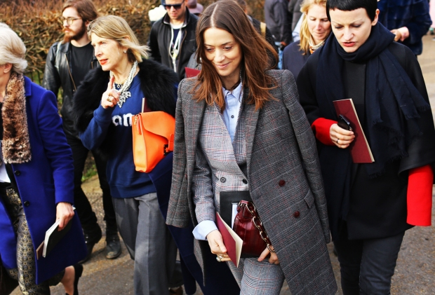 lfw-street-style-day-3-8_145442735363