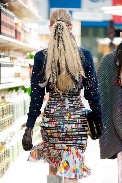 Chanel+Fall+2014+Details+Ivsoa_rOj5Bl