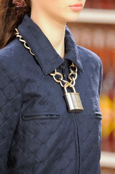 Chanel+Fall+2014+Details+r77eZo6nGvZl