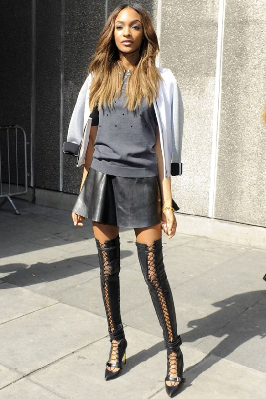 Jourdan-Dunn-Vogue-31Mar14-Rex_b_592x888