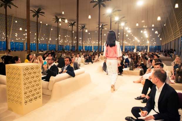CHANEL_Cruise_Dubai_2015-16